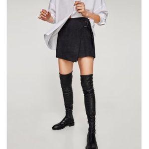 Zara Basics Black Suede Skort